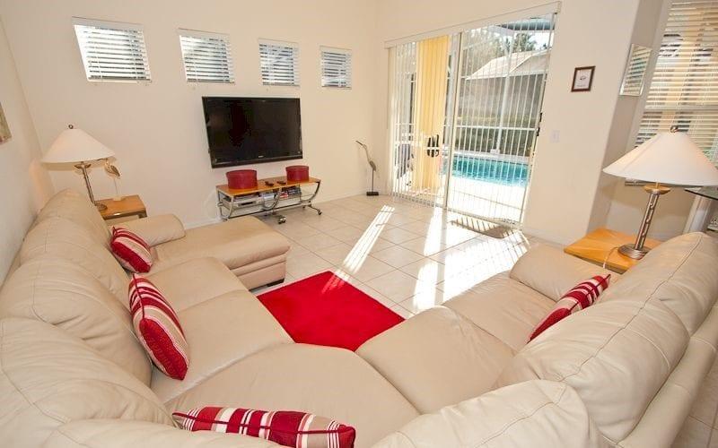 Villa Moderne – Tuscan Hills 4 Bed